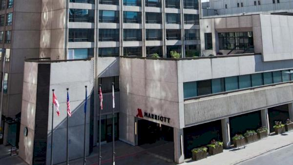 Calgary Marriott Downtown Hotel – Calgary, AB